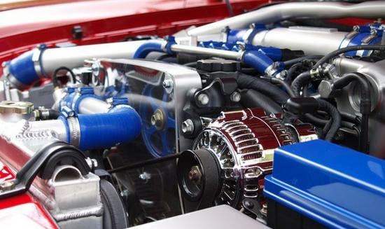motorfelújítás és javítás